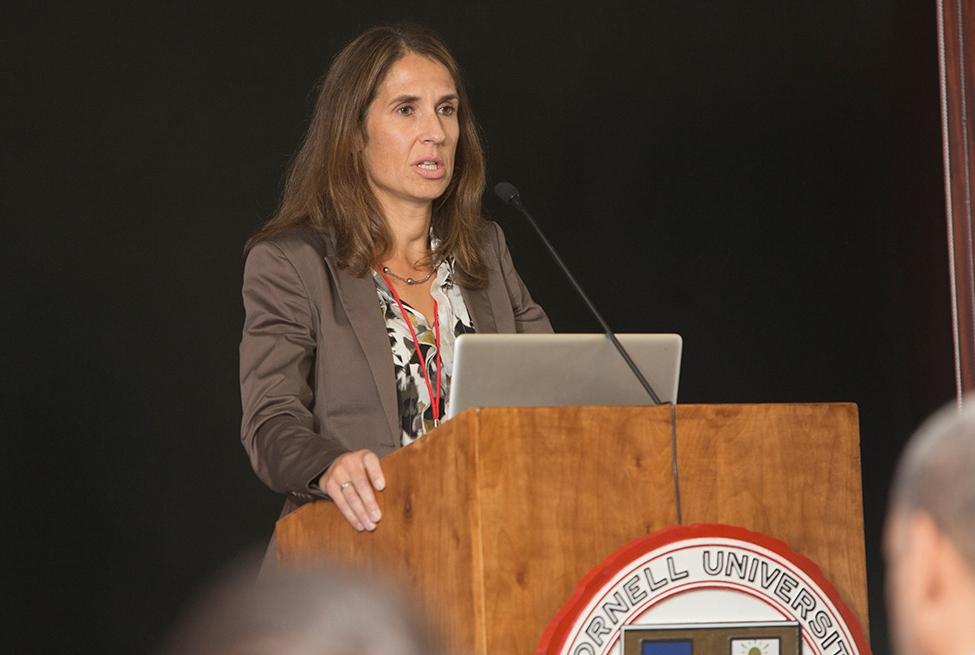 Dr. Claudia Fischbach-Teschl