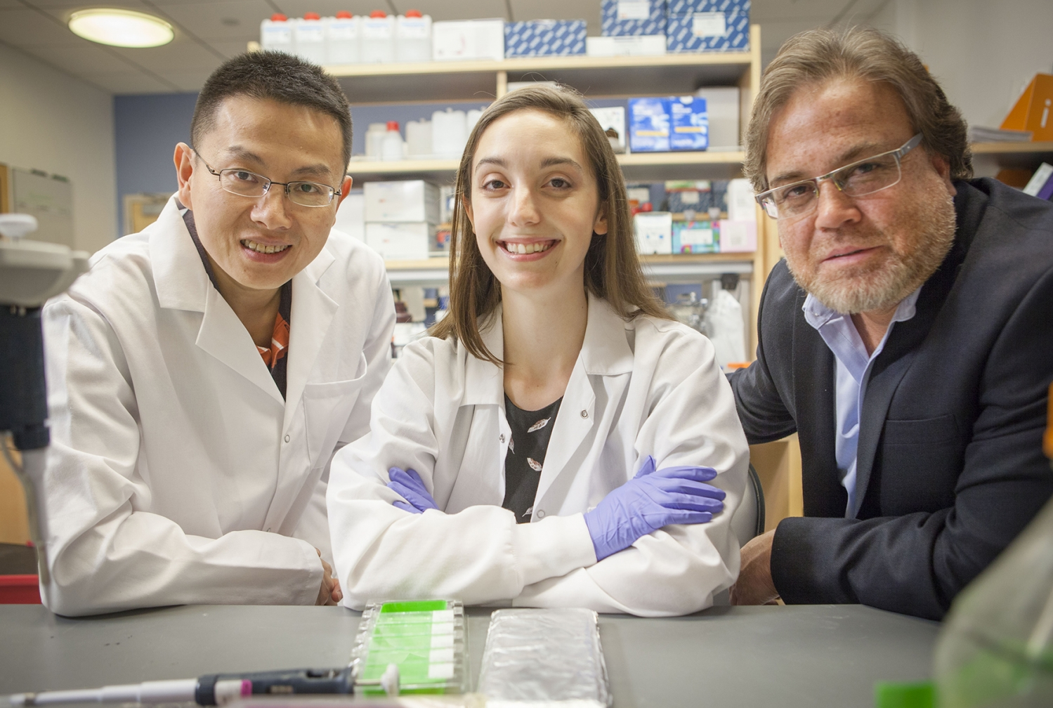 From left: Dr. Ding Cheng Gao, Kari Fischer, Dr. Vivek Mittal Photo credit: Carlos Rene Perez