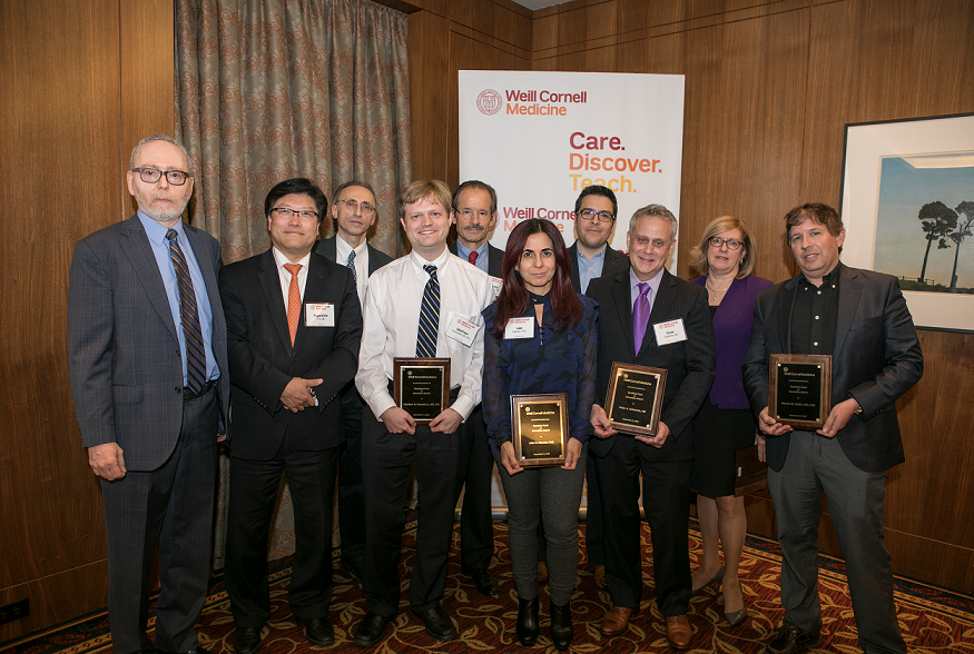 Dr. Augustine M.K. Choi, the Stephen and Suzanne Weiss Dean of Weill Cornell Medicine (second from left), and Larry Schlossman, managing director of BioPharma Alliances and Research Collaborations at Weill Cornell Medicine (first from left), join the winners of the Daedalus Fund for Innovation. From third from left: Dr. Shahin Rafii, Dr. Matthew Greenblatt, Dr. Lew Cantley, Dr. Julie Blander, Dr. Juan Cubillos-Ruiz, Dr. Peter Goldstein, Dr. Barbara Hempstead and Dr. Steven Lipkin.
