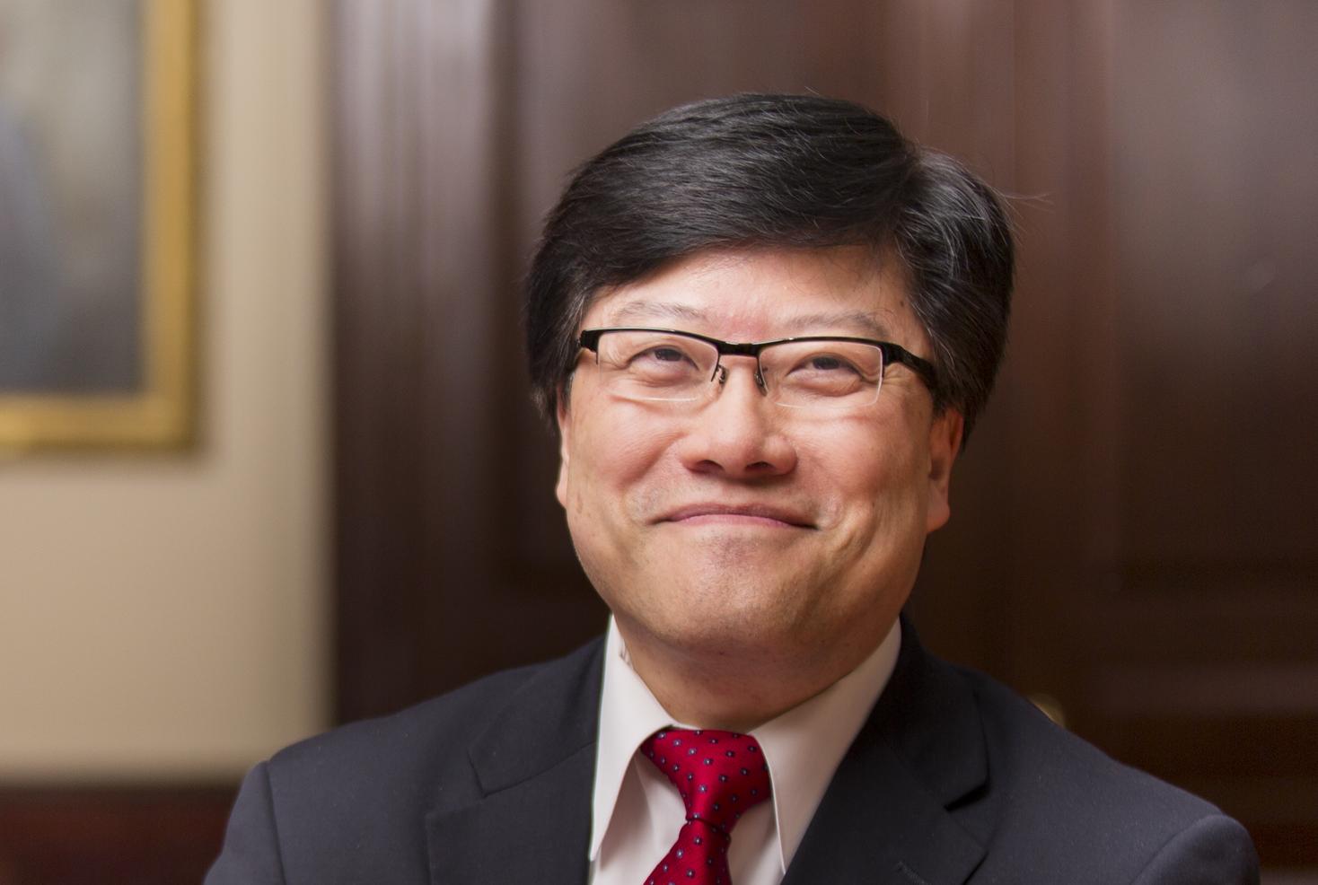 Dr. Augustine M.K. Choi. Photo credit: John Abbott