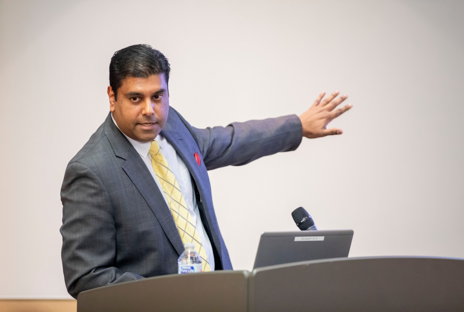 Dr. Sumit Narayan NiogiLeading a new era in magnetic resonance imaging research capabilities at Cornell, Dr. Sumit Narayan Niogi, assistant professor of radiology and clinical associate in radiology at Weill Cornell Medicine, has been named director of the Cornell Magnetic Resonance Imaging Facility.