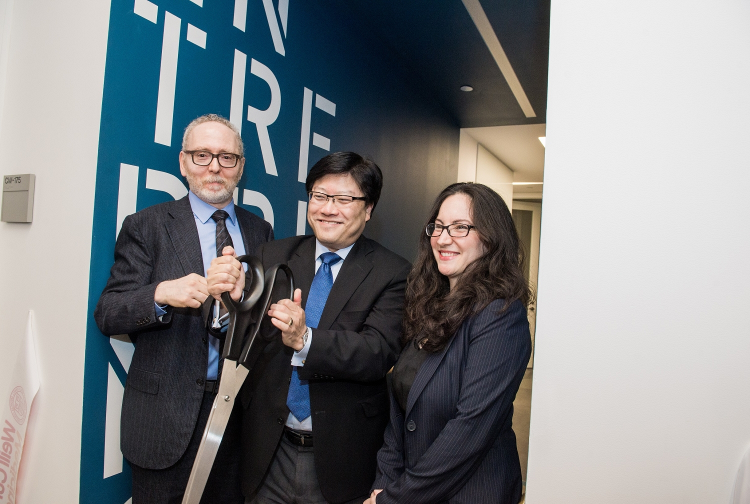 Larry Schlossman, Dean Augustine M.K. Choi and Dr. Sarah Kishinevsky. Photo credit: Studio Brooke.