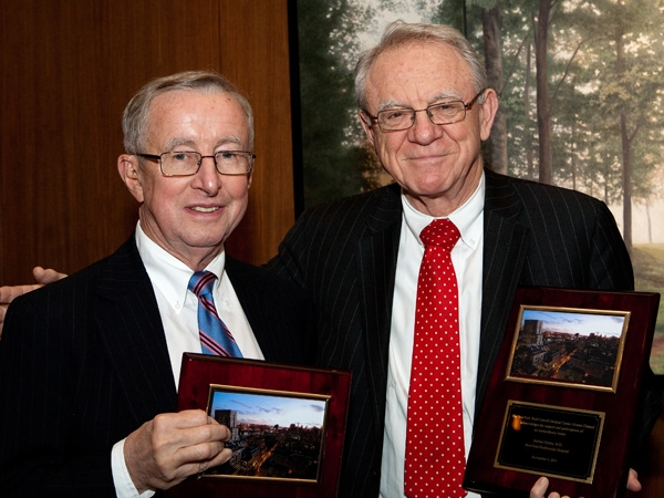 Dr. Antonio M. Gotto Jr., the outgoing Stephen and Suzanne Weiss Dean of Weill Cornell Medical College, left, and NewYork-Presbyterian Hospital Executive Vice Chairman of the Board of Trustees Dr. Herbert Pardes receive acknowledgment from the NewYork Wei